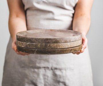 MOON plate – natural Bolechowice limestone circle plate